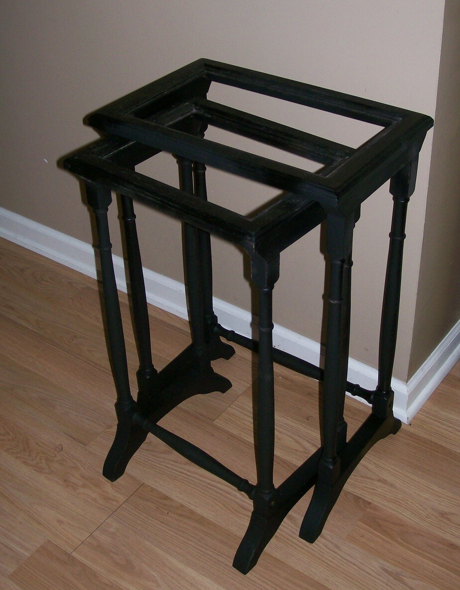 Prime and paint furniture pieces Stow&TellU