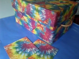 Tutorial on Napkin Decoupage storage box with lid