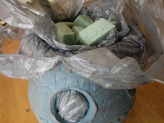 fill-pot-with-foam