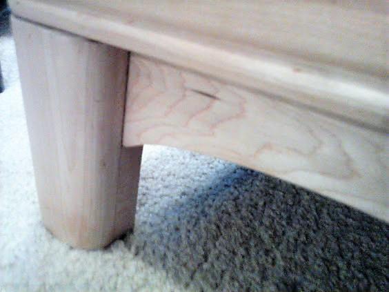 Sears-Roebuck-buffet-leg-maple-wood
