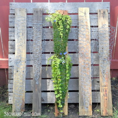 Vertical Chicken Wire Planter on Pallet Wood