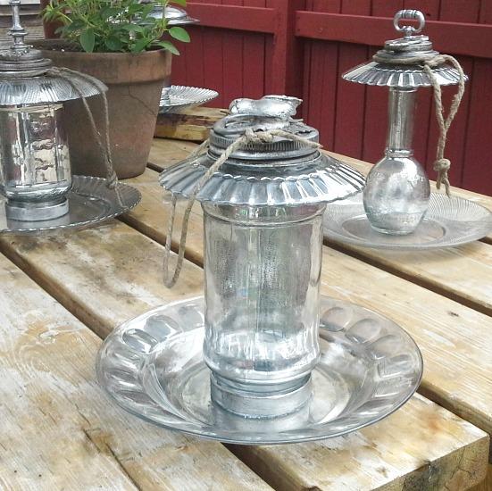 birdfeeders-mercury-glass-http://www.stowandtellu.com