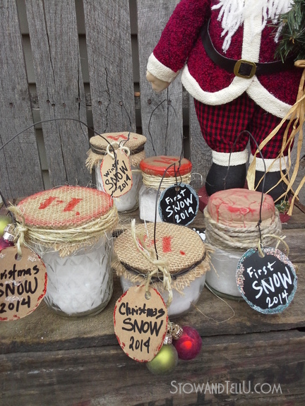Upcycled Jar Ornaments filled with faux snow | Christmas craft for kids | http://www.stowandtellu.com