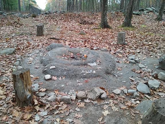 stone-marker-offerings-americas-stonehenge