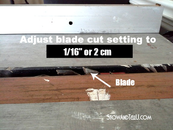 Blade adjustment for cutting dado groove in shelving | How to stabilize single rail shelving | stowandtellu.com