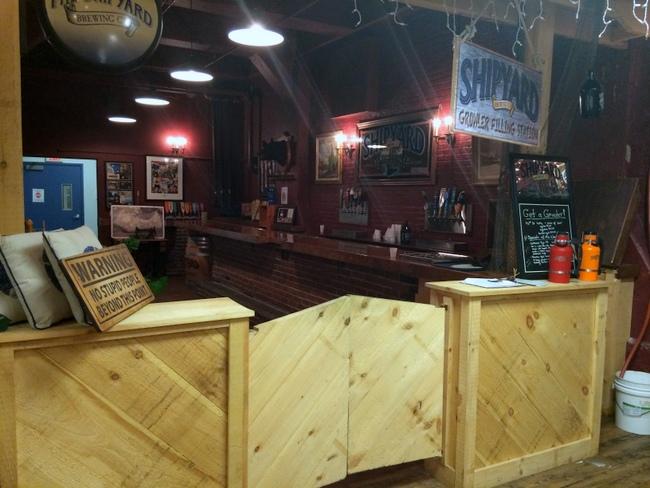 bare-wood-bar