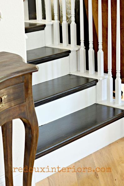 black-white-stairs