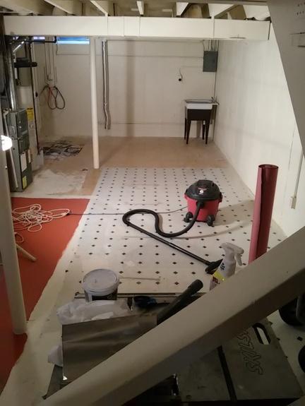 clean-floor-before-painting-http://www.stowdtellu.,com