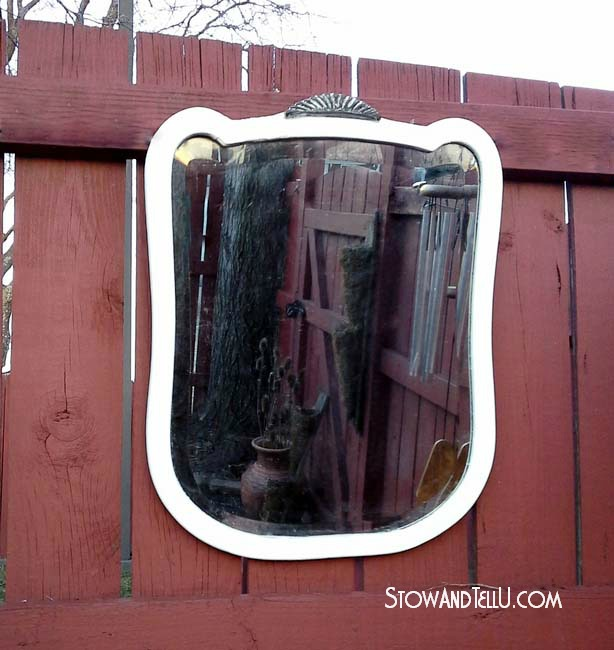 white-art-deco-painted-mirror-http://www.stowandtellu.com