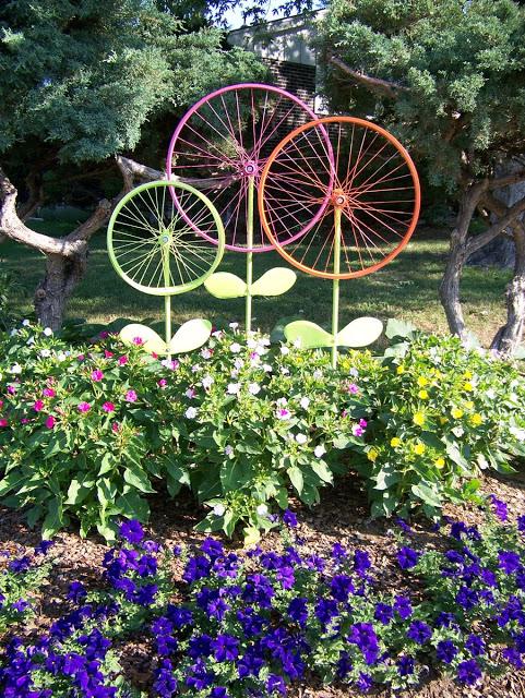 faux-fake-garden-flowers-http://stowandtellu