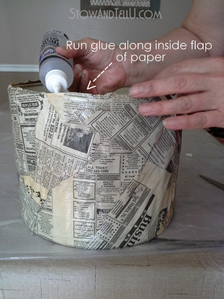 how-to-make-newspaper-lamp-shade-https://stowandtellu.com