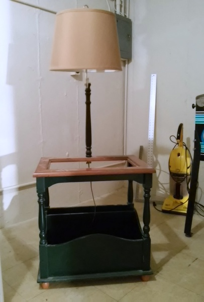 hunter-green-table-lamp