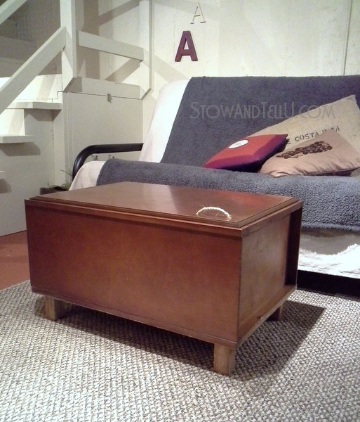 upcyled-wall-cabinet-coffee-table-https://stowandtellu.com