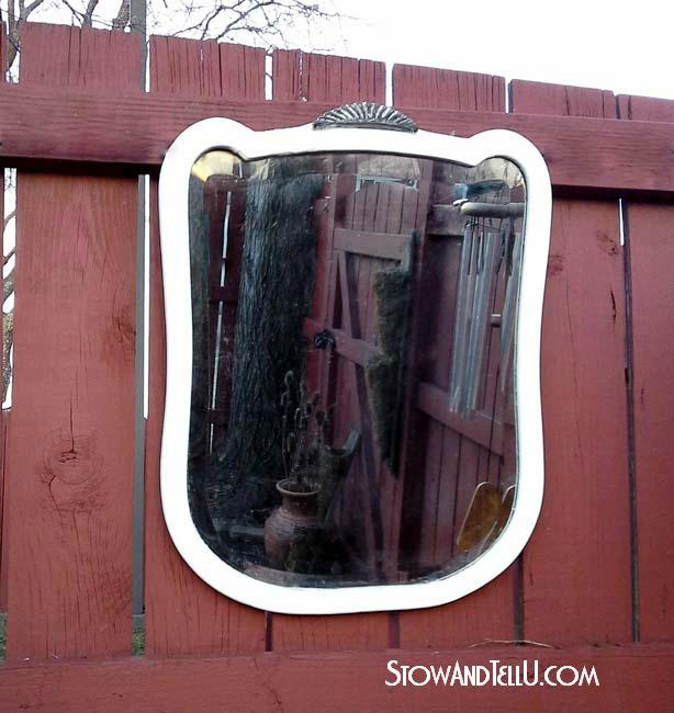 white-vintage-deco-mirror