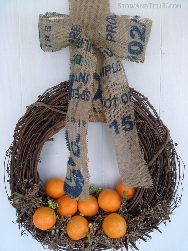 Winter Cuties wreath and How to make an easy coffee or potato sack bow from StowandTellU.com