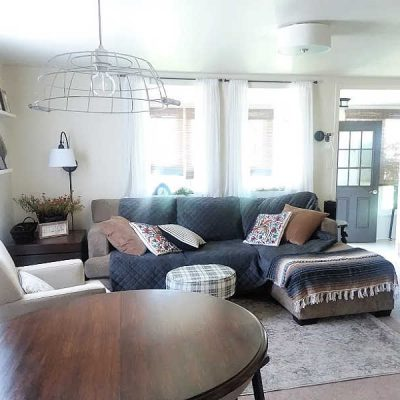 Antique White Paint Color in Living Room
