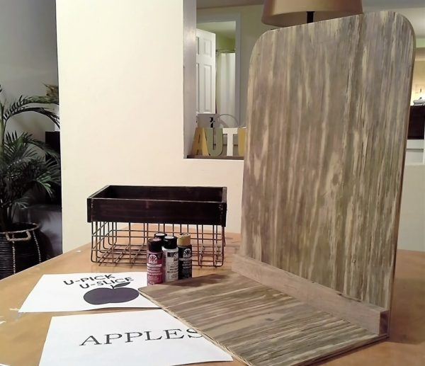 how-to-make-L-stand-plywood-apple-bin | stowandtelllu.com
