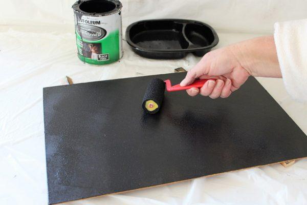 2-layers-chalkboard-paint
