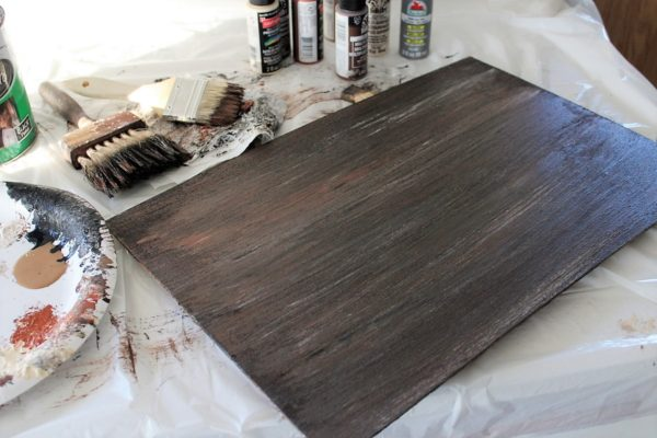 layered-wood-grain-chalkboard-paint-technique