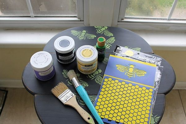 honey-bee-stencil-table-diy-supplies