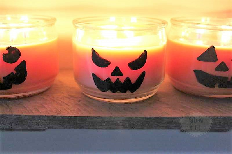 Pumpkin jar candle jack-o-lanterns | Fall and Halloween simple decor | stowandtellu.com