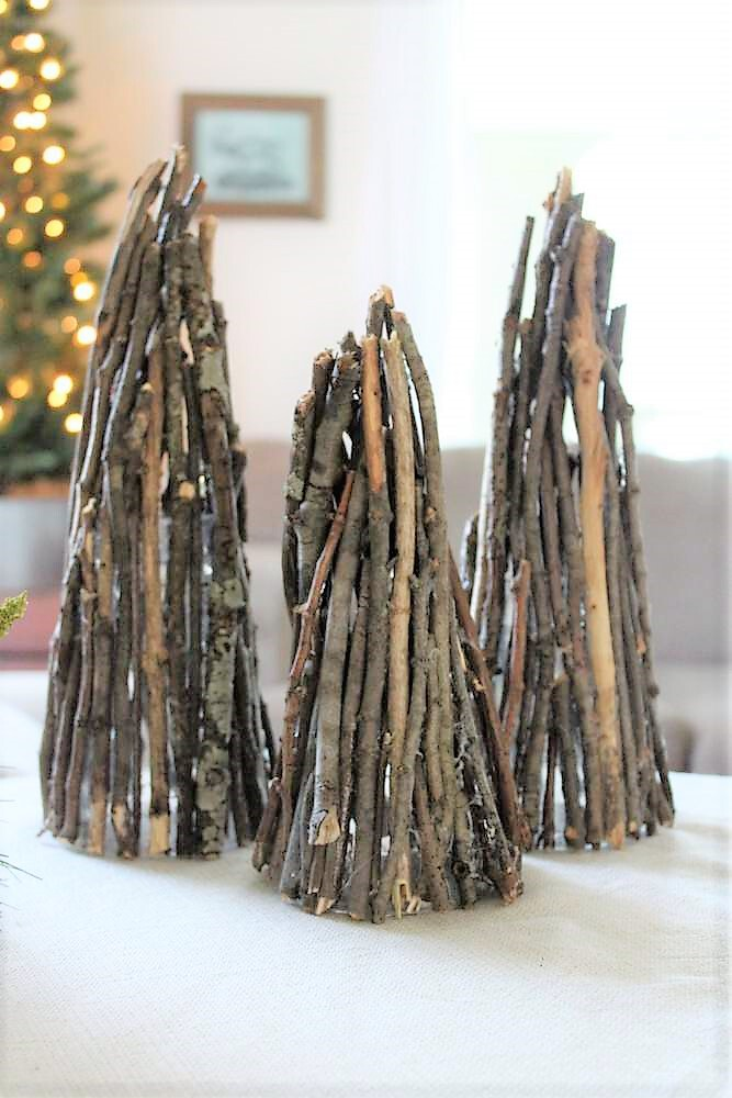 How to make a teepee Christmas tree with twigs