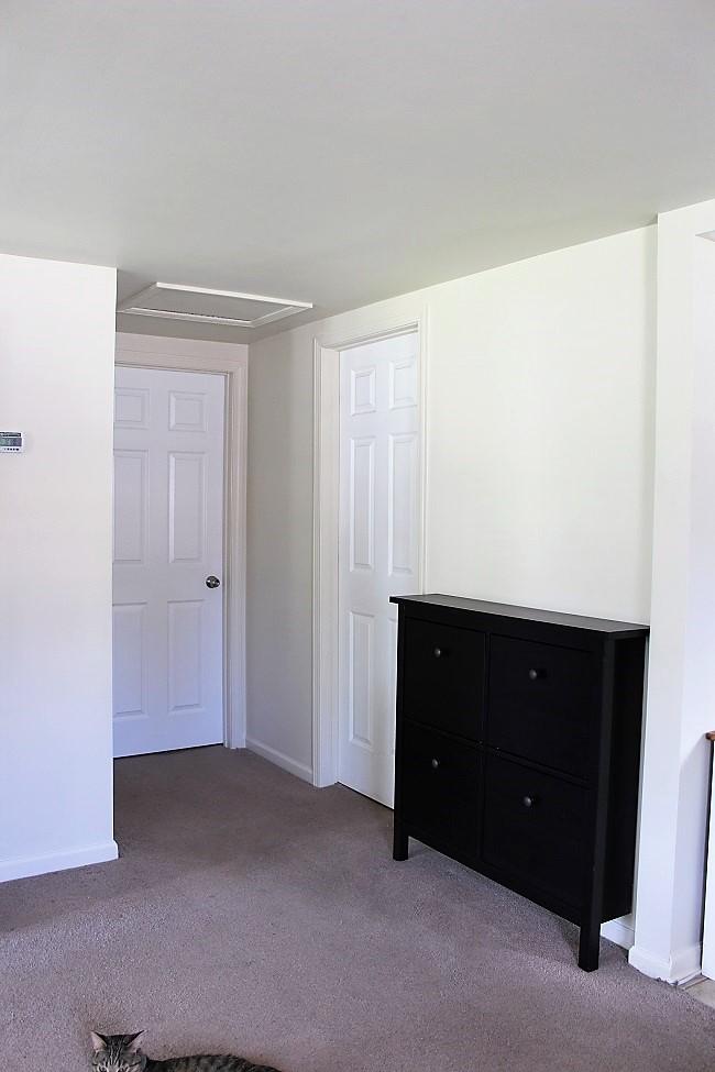 shoe-cabinet-hallway