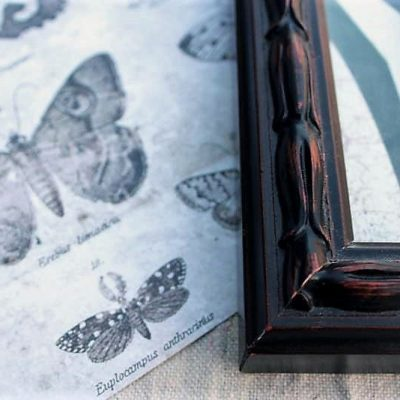 30 Creative Uses For Picture Frames (Missing Parts and All!)