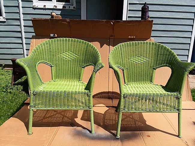 Excellent How To Spray Paint Resin Wicker Chairs If You Dare Ibusinesslaw Wood Chair Design Ideas Ibusinesslaworg
