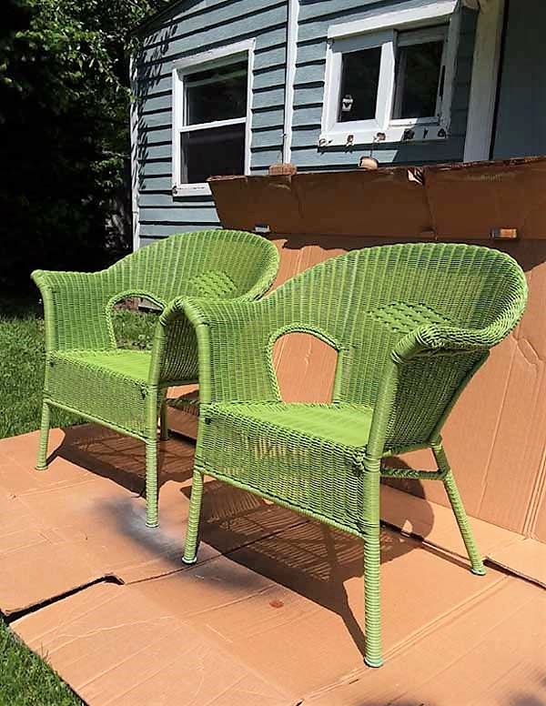 Miraculous How To Spray Paint Resin Wicker Chairs If You Dare Ibusinesslaw Wood Chair Design Ideas Ibusinesslaworg