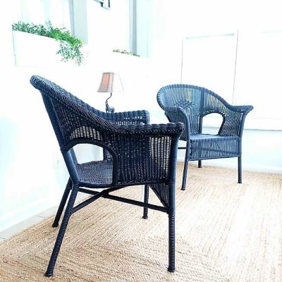 How to Spray Paint Resin Wicker Chairs, if you dare!!