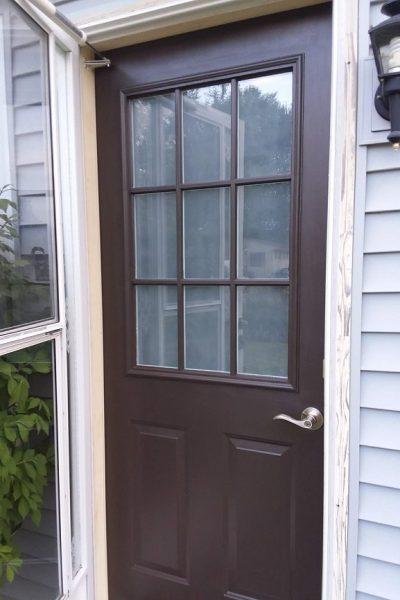 Tips for Painting Grid Doors | Frosting Grid Door Windows | stowandtellu.com