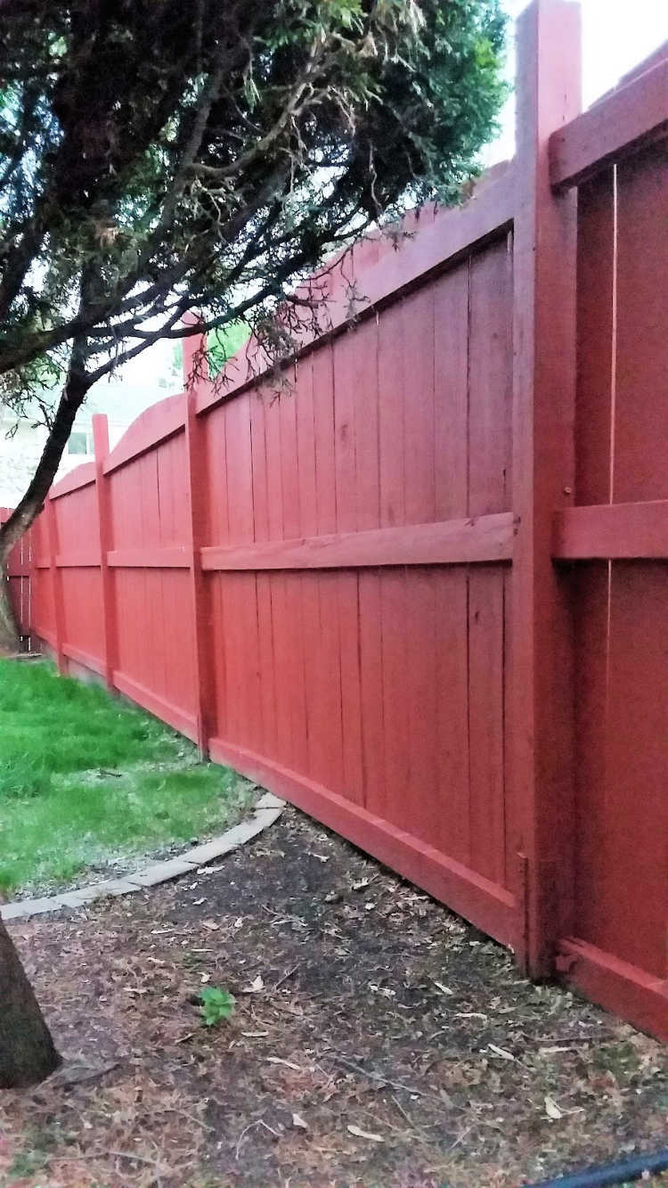 Fix a Leaning Fence Post the Easy Way   Stow&TellU