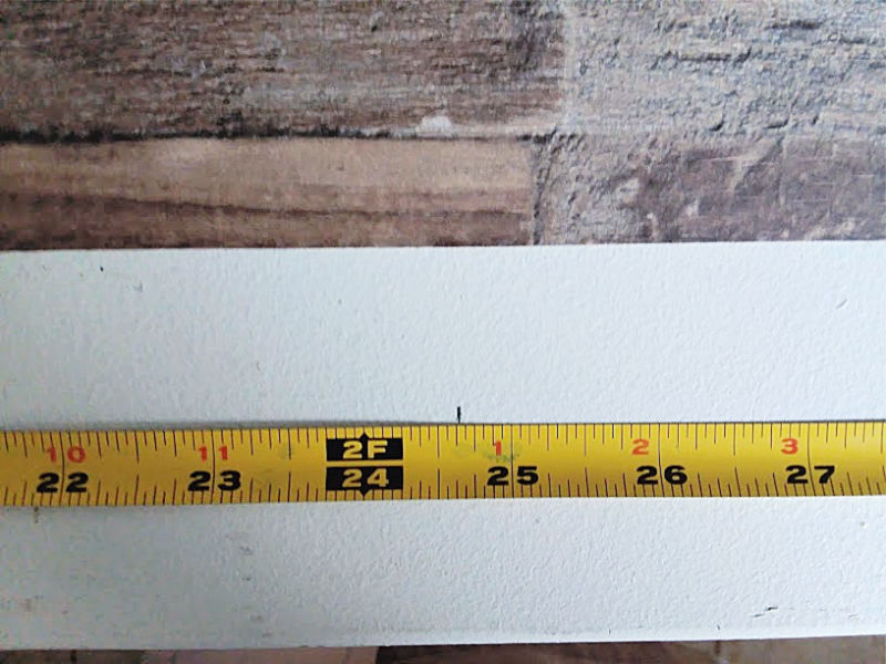Measure and mark counter top for wallpaper