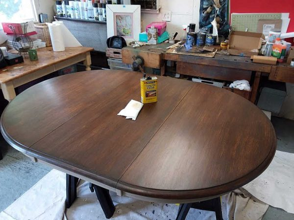 Refinishing a Dining Table using Dark Gel Stain