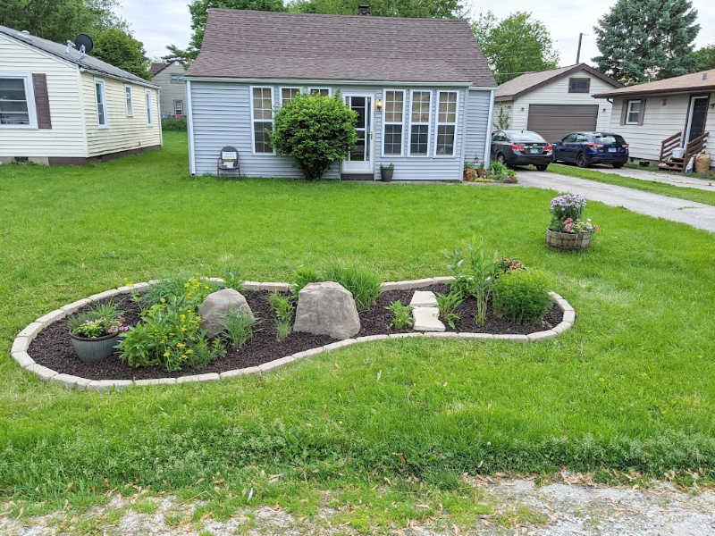 Fake outdoor landscaping hacks for better curb appeal