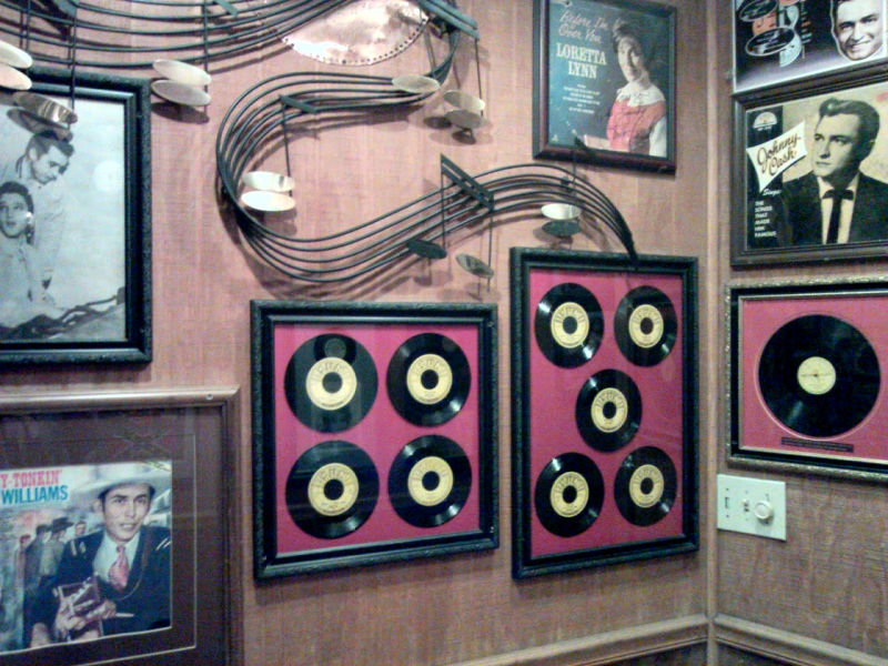 Framed records and albums-Nashville HonkyTonk