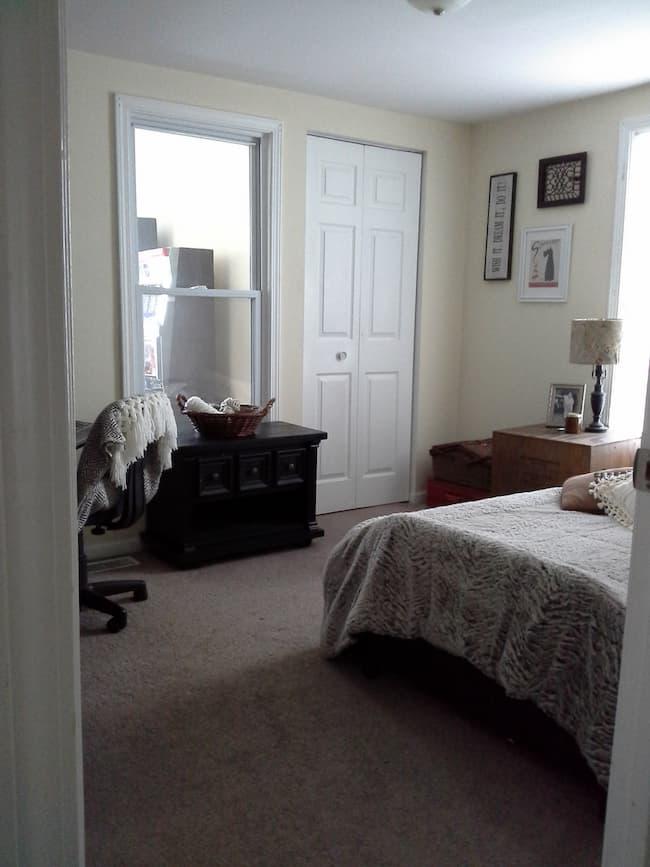 pale yellow walls in bedroom